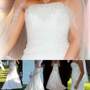 Beautiful wedding dress paid $1200 asking $500 obo